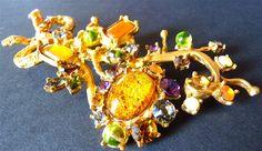 Broche Fleurs Christian Lacroix, Bijoux signés, Haute Couture, Glamour Baroque, Doré Jaune Orange Vert Mauve, Made in France, Envoi Gratuit
