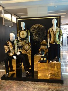 Versace display, Seoul Korea   Unique mannequin finds for 40% OFF today! Get yours now and make your window display stand out! https://mannequinmall.com  #visualmerchandising #mannequins #windowdisplay Retail Windows, Store Windows, Versace Store, Cool Store, Seoul Korea, Market Stalls, Shop Fronts, Window Dressings, Design Shop