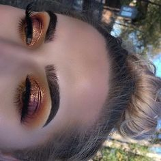 Golden Hour - October Beauty Looks That'll Keep You Looking Fresh All Month - Photos