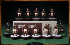 Il Grande Torino Subbuteo original HW figures on Replay Superclassic bases hand-painted inspired by the style and colours of vintage Subbuteo teams.