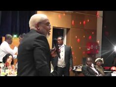 France:NTOND'OBE LE SAMOURAÏ DES ARTISTES CAMEROUNAIS MET LE FEU SUR SCÈNE