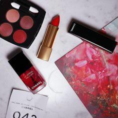 La collection Le Rouge n°1 par Chanel pour l'automne 2016 #maquillage #chanel #lerouge #ombreapaupieres #rougealevre #vernis #fard #monvanityideal