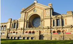 Crafting at the Ally Pally