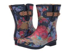 Navy Floral Short Wide Calf Rain Boots For Women. Love these navy blue floral print mid calf rain boots that fit a wide calf size. Purple Rain Boots, Short Rain Boots, Black Rain Boots, Wide Calf Boots, Shoe Size Conversion, Designer Boots, Navy Women, Rubber Rain Boots
