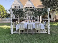Feature Friday: My 100 Year Old Home - Southern Hospitality - Garten Dekoration Outdoor Fun, Outdoor Dining, Outdoor Lighting, Outdoor Tables, Outdoor Spaces, Outdoor Decor, Outdoor Stuff, Outdoor Entertaining, Patio Makeover