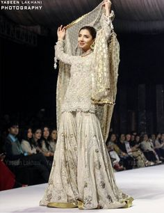 Mahira Khan Walks On The Fashion Ramp