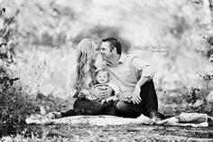 New wedding photography poses family kids picture ideas ideas Wedding Picture Poses, Family Picture Poses, Family Posing, Wedding Pictures, Baby Pictures, Family Portraits, Posing Families, Wedding Poses, Baby Photography Poses