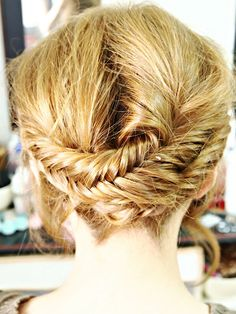 Fishtail plait up do #pavelife #hairtastic