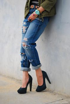 DIY Ripped Jeans  : DIY Distressed Denim DIY Clothes DIY Refashion