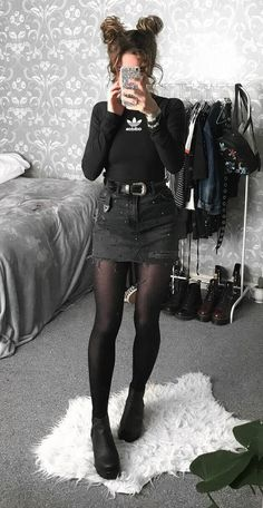 Outfits hipster 28 Hipster Outfits Trending Now 28 Hipster-Outfits im Trend Outfits Hipster Outfits, Grunge Style Outfits, Edgy Outfits, Mode Outfits, Fall Outfits, Hipster Clothing, Trendy Clothing, Girl Clothing, Hipster Ideas