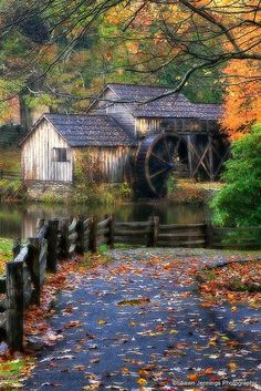 Mabry Mill ~ On the Blue Ridge Parkway ~North Carolina  4 Season World