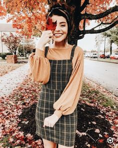 Fall overall dress outfit The post appeared first on New Ideas. Street Style Outfits, Mode Outfits, Dress Outfits, Fashion Outfits, Dresses, Fashion Clothes, Fall Winter Outfits, Autumn Winter Fashion, Autumn Fall