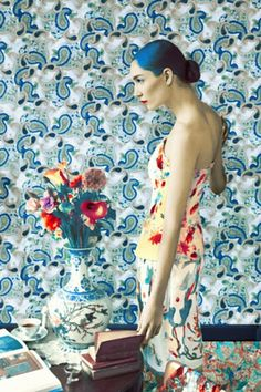 ⊰ Posing with Posies ⊱ paintings of women and flowers - Mary Katrantzou