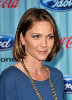 Actress Kelli Williams as Colleen's long-lost sister Brenda who died years ago and her death was prevented in the movie! Kelli Williams, Oscar Winning Films, My Fair Lady, Lie To Me, American Idol, Celebs, Celebrities, True Beauty, Beautiful Actresses
