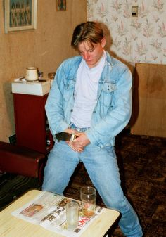 """Richard Billingham: """"Ray's a Laugh"""" Narrative Photography, Space Photography, Photography Projects, Richard Billingham, Harmony Korine, 70s Aesthetic, Space Projects, Fallout New Vegas, Contemporary Photography"""