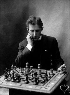 Frank James Marshall  Born: New York City, USA on August 10, 1877 Died:Jersey City, USA on November 9, 1944 Titles: U.S. Chess Champion (1909-36) Cambridge Springs International Chess Congress (1904) U.S. congress (1904)