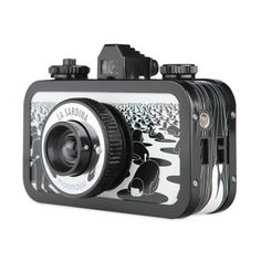 Opt for saturated photos with a wide-angle La Sardina Moonassi Dream camera, adorned with black and white drawings from Korean artist Moonassi. Gifts For Photographers, Black And White Drawing, Korean Artist, Japanese Artists, Wide Angle, Artist Art, Collaboration, Illustration, Drawings