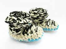 Patucos de lana #bebe #baby #crochet #lana #wool #design #diseño #hechoamano #handmade #DaWanda