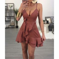 A-Line Mini Cocktail Dress Mulberry Chiffon Homecoming Dress with Ruffles - Damen Mode 2019 Formal Dresses For Women, Sexy Dresses, Short Dresses, Simple Dresses, Sexy Summer Dresses, Dress Summer, Brown Formal Dresses, Knee Length Summer Dresses, Teen Dresses Casual