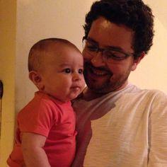 Colo de pai é tudo de bom. Parabéns meu filho, vc é um VENCEDOR. Amo profundamente.