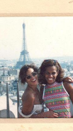 Lisa Sanders in Paris Just a Few Years Ago lookin sexy