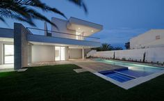 Modern Homes for sale around the world