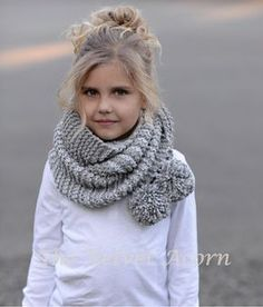 Ravelry: Tussock Scarf pattern by Heidi May Knitting For Kids, Baby Knitting, Crochet Baby, Knit Crochet, Velvet Acorn, Knitting Patterns, Crochet Patterns, Pompom Scarf, Super Bulky Yarn
