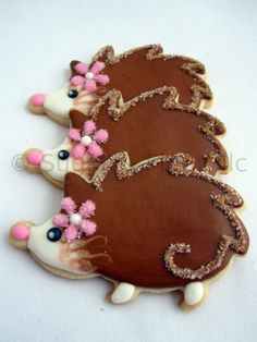 Hedgehog cookies! Now what theme could I come up with to have these and owl cookies at a certain second birthday?