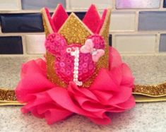 Mini Pink and gold minnie mouse flower party hat by KenzeesKloset