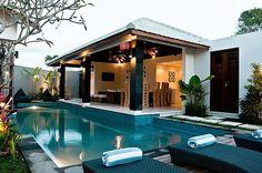 Bali Villa Baik 6 bedrooms in 2 adjoining villas 2 pools. Affordable villa holiday in Bali. Backyard Pool Designs, Swimming Pools Backyard, Villa Design, House Design, Bali Style Home, Casa Loft, Bali Decor, Bali House, Luxury Pools