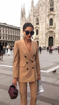 Chic Winter Outfits to Wear When You're Late, Fashion Mode, Work Fashion, Fashion Looks, Womens Fashion, Fashion Trends, Chic Winter Outfits, Chic Outfits, Fashion Outfits, Winter Chic