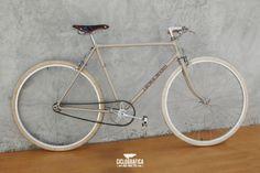 Il mattino ha l'oro in bocca #Ciclografica #bici #bike #bicicleta #bicycle #velo #vintage #oldstyle #retro #type #typography #photo