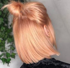 This colour is everything and more, right?⠀⠀ Full head bleach and peach toner by at This colour is everything and more, right?⠀⠀ Full head bleach and peach toner by at Fringe Hairstyles, Bun Hairstyles, Formal Hairstyles, Baddie Hairstyles, Hairstyles Videos, Retro Hairstyles, Elegant Hairstyles, Everyday Hairstyles, Medium Hair Styles