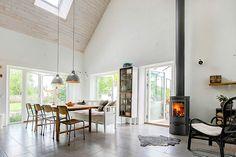 Life Design, House Design, Wood Burner, Log Homes, Backyard Patio, Building A House, Sweet Home, Living Room, Interior Design
