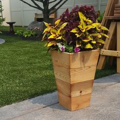 The Gronomics Square Patio Planter 's larger top and smaller base make it both a functional and decorative piece. Handcrafted in America, it's. Patio Planters, Wooden Planters, Planter Boxes, Lawn And Garden, Garden Pots, Landscaping Tips, Wooden Diy, Curb Appeal, Yard