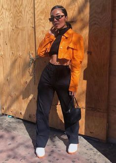 this jacket with a long black turtleneck and black pants eph patte Best Picture For dope outfits dre Retro Outfits, Chill Outfits, Cute Casual Outfits, Swag Outfits, Dope Outfits, Vintage Outfits, Fashion Outfits, Tomboy Outfits, Tomboy Fashion