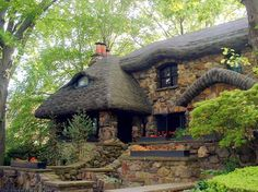 This house is in Bay Ridge, Brooklyn. It was always known as The Gingerbread House. Very famous house just for its architecture. Cute Cottage, Cottage In The Woods, Cottage Style, Storybook Homes, Storybook Cottage, Fairytale Cottage, Earth Homes, Cabins And Cottages, Earthship