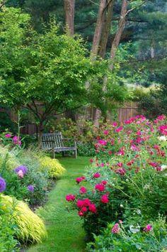 Delightful garden spot @ its-a-green-life