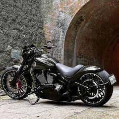Vintage Motorcycles, Custom Motorcycles, Sport Motorcycles, Retro Motorcycle, Motorcycle Helmets, Sportster 48, Chopper Bike, Super Dad, Motorcycle Accessories