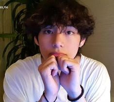 """i'm wondering, are you my best friend? Daegu, Vlive Bts, Bts Bangtan Boy, Taekook, Seokjin, Hoseok, Kpop, V Bts Cute, Kim Taehyung"