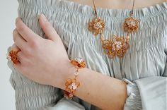 MaryKa / Kvety z medenej hory Wire Jewelry, Jewellery, Bracelets, Gold, Tutorials, Fashion, Moda, Jewels, Fashion Styles