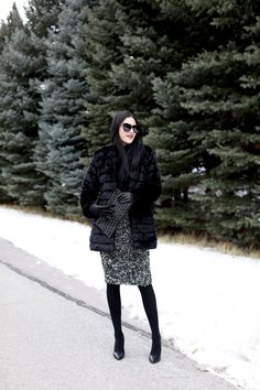 Holiday Glam - layers of black and grey - gorgeous (Pink Peonies) Winter Fashion Outfits, Holiday Fashion, Fall Winter Outfits, Holiday Outfits, Autumn Winter Fashion, Winter Style, Holiday Style, Winter Clothes, Outfit Invierno