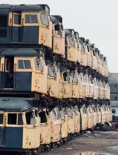 Railroaded: 9 Nifty Abandoned Train Car Graveyards ( To stack locomotives this well requires lots of TRAINing ! Abandoned Property, Abandoned Train, Abandoned Mansions, Abandoned Buildings, Abandoned Houses, Abandoned Places, Abandoned Vehicles, Train Car, Train Tracks