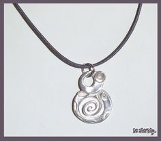 Pendant made of Art Clay Silver handmade by Moon
