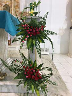 Contemporary Flower Arrangements, Tropical Flower Arrangements, Creative Flower Arrangements, Church Flower Arrangements, Christmas Floral Arrangements, Beautiful Flower Arrangements, Unique Flowers, Altar Flowers, Church Flowers