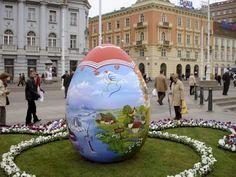 Tradicion huevos de pascua Barcelona (Spain)