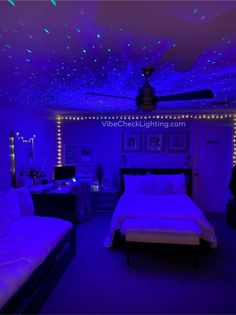 Neon Bedroom, Cute Bedroom Decor, Room Design Bedroom, Teen Room Decor, Stylish Bedroom, Room Ideas Bedroom, Dream Bedroom, Dream Teen Bedrooms, Purple Bedrooms