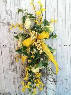 twig door swags | Yellow Spring Door Swag - Forsythia Birch Door Wreath