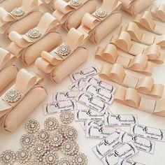 WEBSTA @ dekoratifbtk - Sevgili.. Nilay Chocolate Wrapping, Chocolate Favors, Chocolate Bouquet, Chocolate Decorations, Chocolate Gifts, Wedding Favours, Party Favors, Wedding Gifts, Show Da Luna