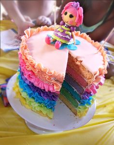 Titti Cake Studio: Lalaloopsy Ruffle Rainbow Cake